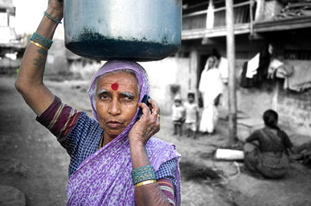 e9d9d618afb There are more Mobile Phones than Toilets in India according to UN