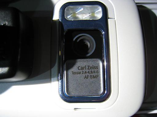 8 mp camera voila!