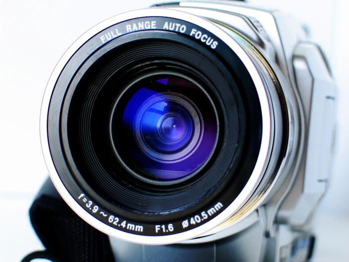 743camera_lens.jpg