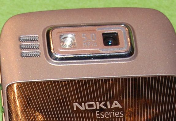 nokia-e72-cam-5mp