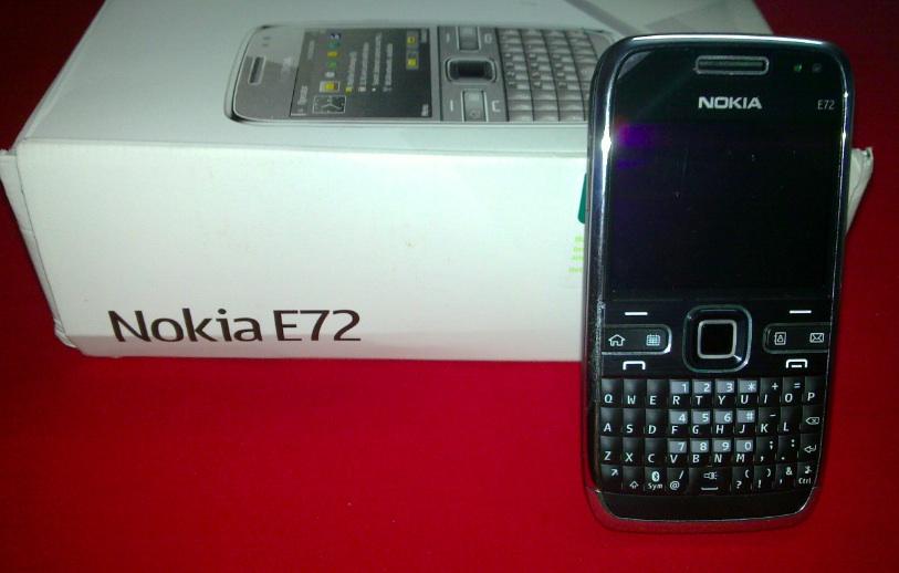 nokia-e72-unboxing