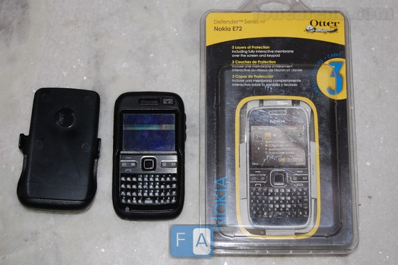 half off 7536b f509e Review : OtterBox Defender Case for Nokia E72